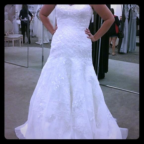 David's Bridal Dresses & Skirts - David's Bridal Corset Back Wedding Dress